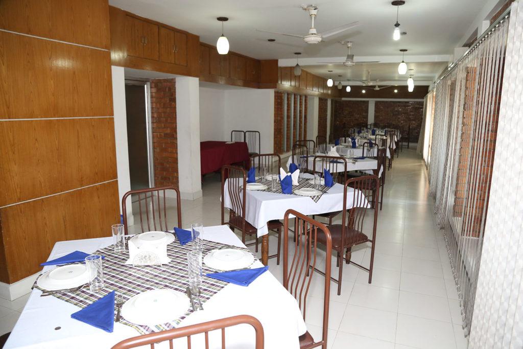 Club Dinning 2