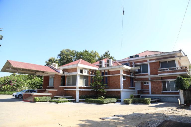 Club main building