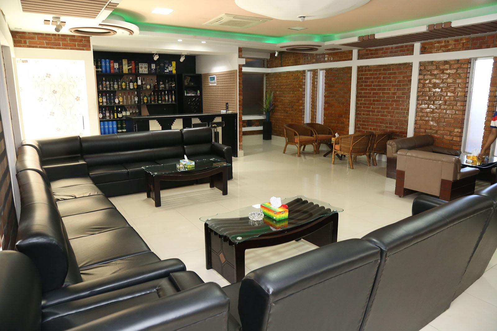 Shampan Lounge